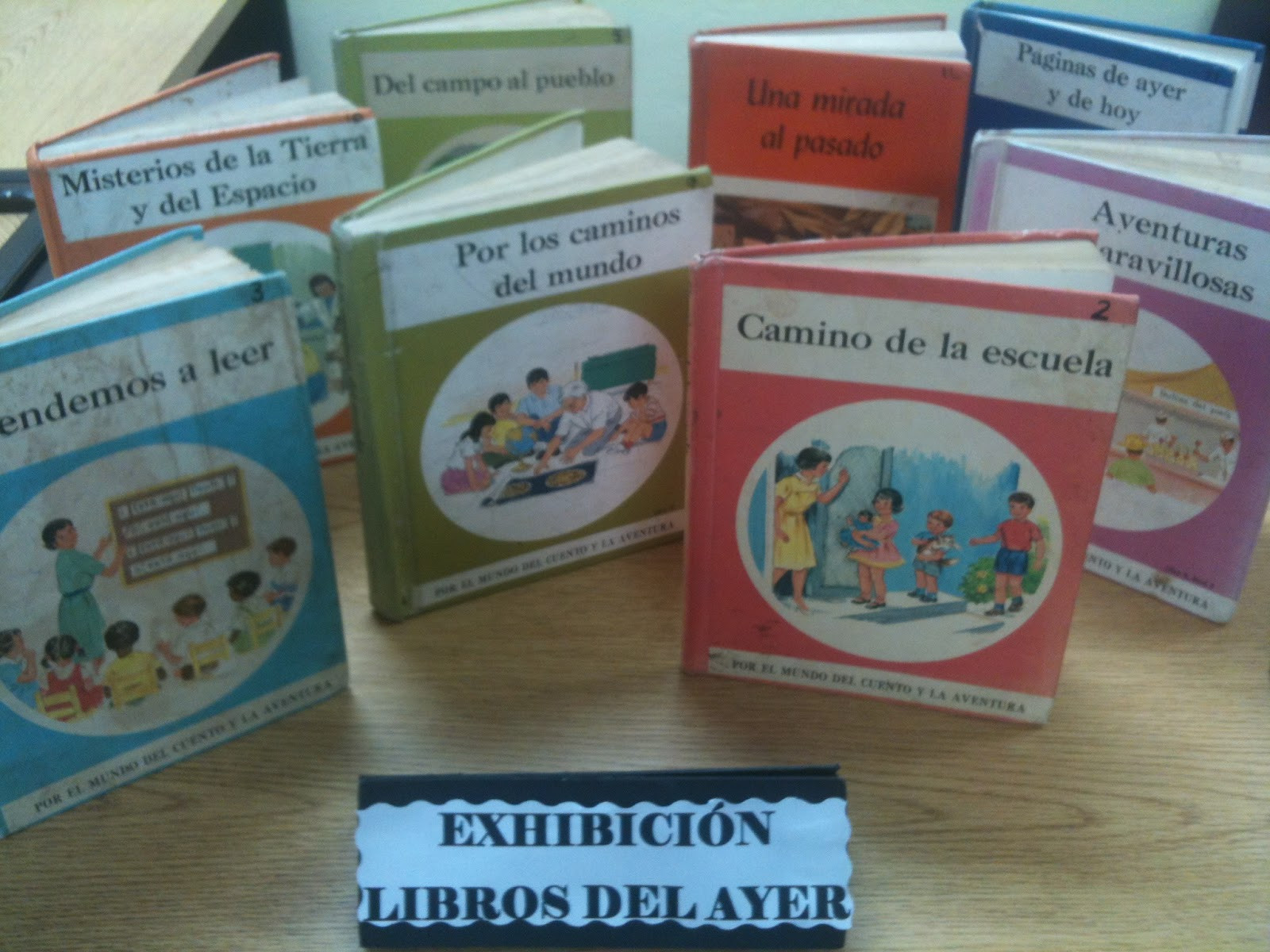Biblioteca Dr Juan Jos Osuna Exhibicin Libros del ayer